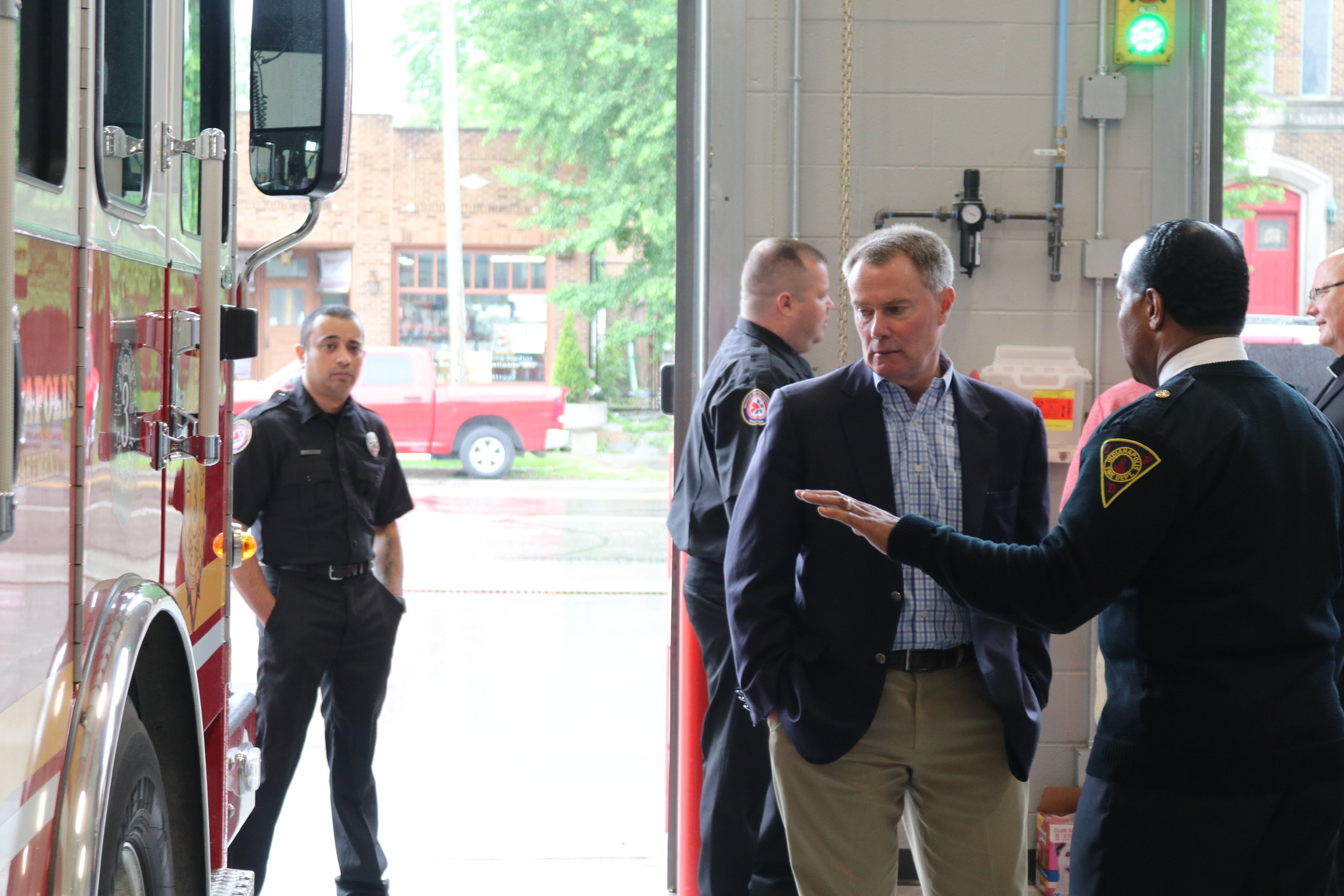 Mayor Hogsett and Chief Malone at IFD Station #3